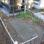 Miejsce spoczynku ks. Floriana Milewskiego na obecnym cmentarzu parafialnym [2005 r.]. Foto W. Cichecki.