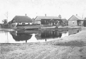 Bebelno - fragment zabudowy Zakościela (pośrodku dom Jana i Apolonii Toborków) [1936 r.]. Ap.