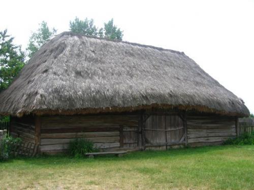 Stodoła. Muzeum Wsi Kieleckiej, Park Etnograficzny w Tokarni [2008 r.]. Foto W. Cichecki.