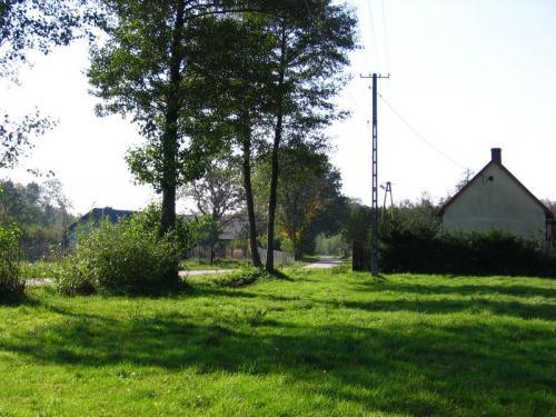 Fragment zabudowy Ludwinowa - dawniejsza Kobyla Wieś [2010 r.]. Foto W. Cichecki.